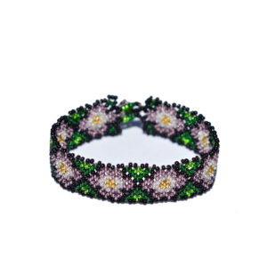 Handmade Mexican bracelet out of glas pearls with purple waterlilies